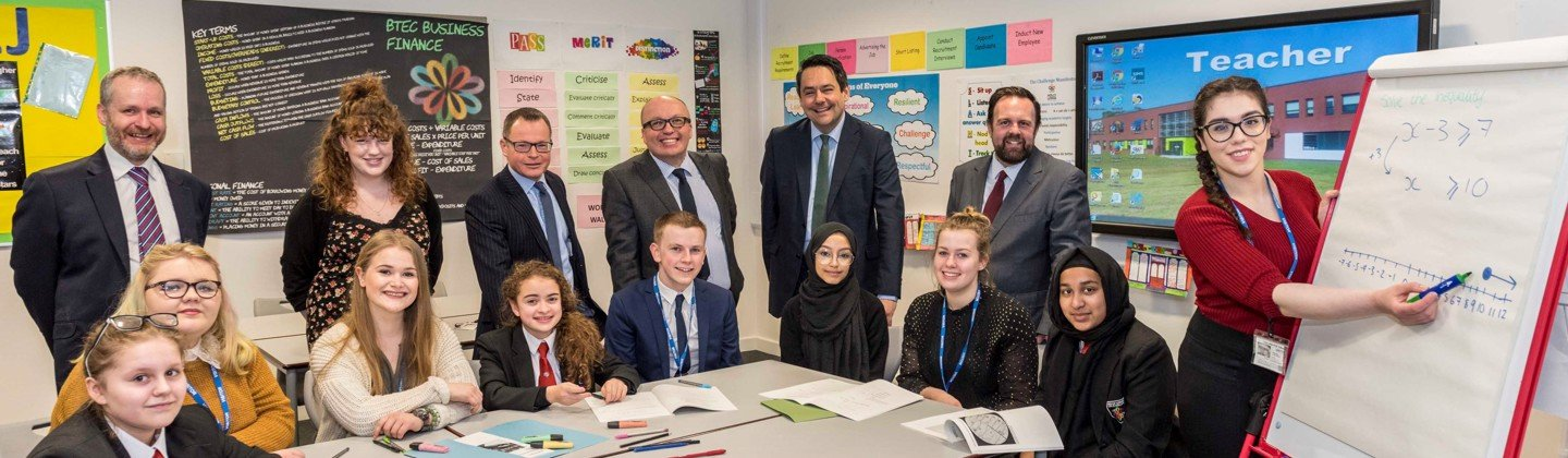 Stephen Twigg MP and Cllr Nick Small visit Holly Lodge Girls' College - 19th March 2018
